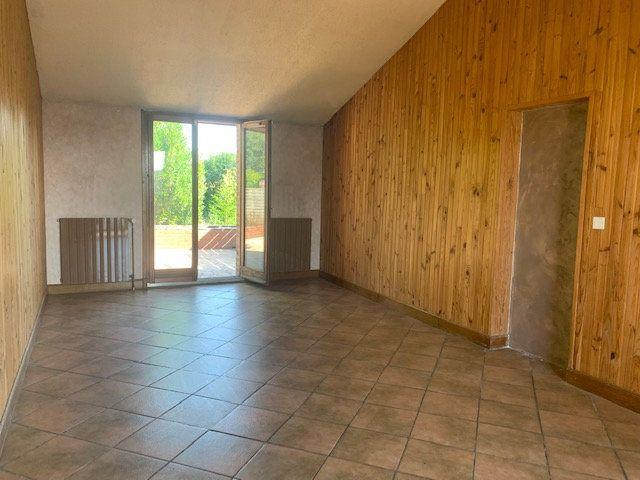 Maison à louer 3 145m2 à Cuvilly vignette-6