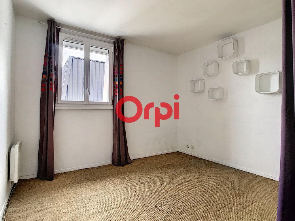 Appartement à louer 2 47m2 à Chantilly vignette-7