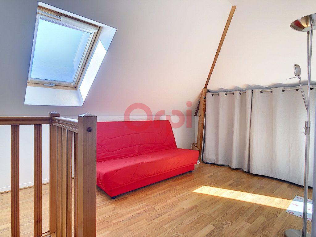 Appartement à vendre 3 70.3m2 à Saint-Leu-d'Esserent vignette-11
