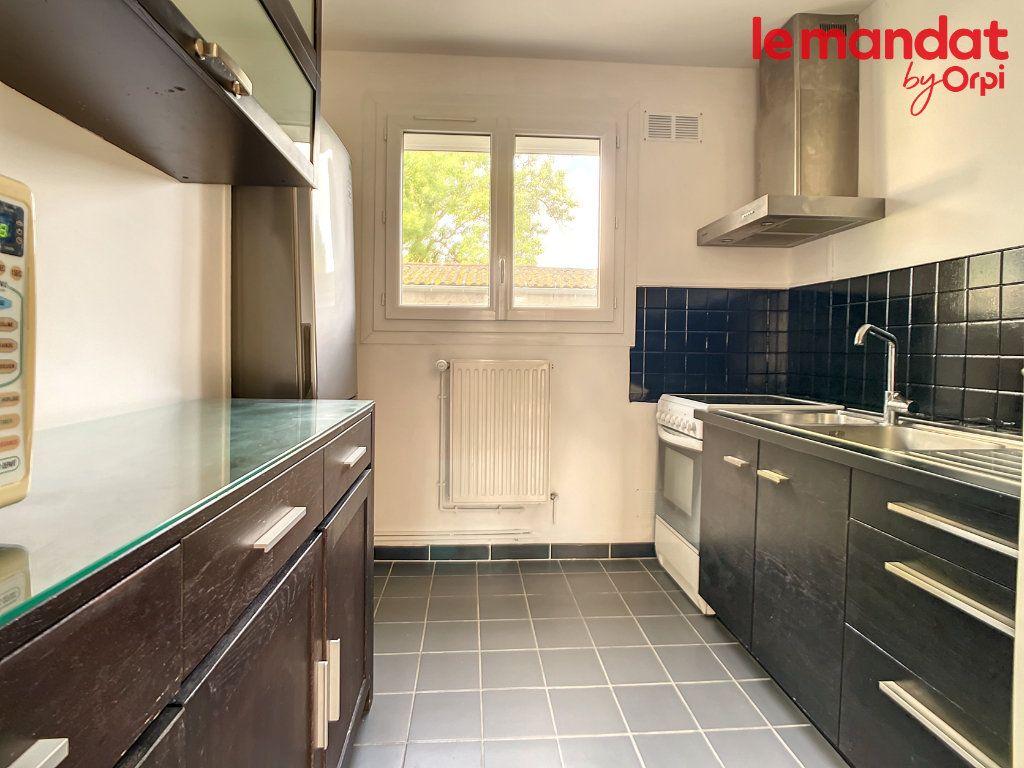 Appartement à vendre 3 54.16m2 à Chantilly vignette-3