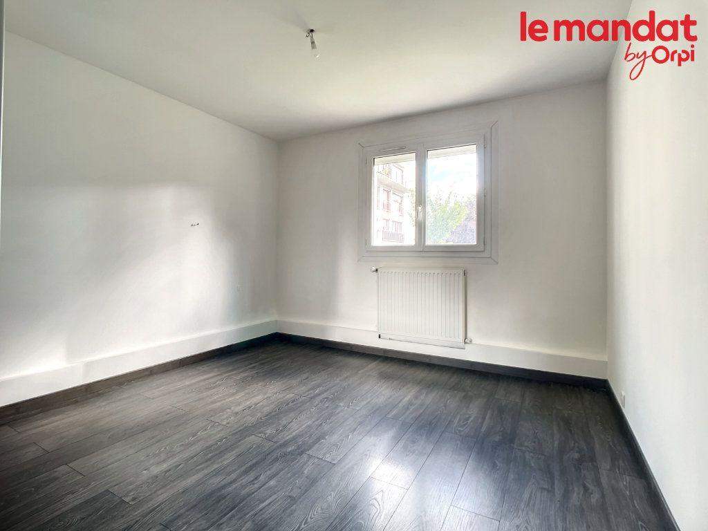Appartement à vendre 3 54.16m2 à Chantilly vignette-4