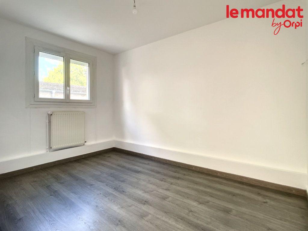 Appartement à vendre 3 54.16m2 à Chantilly vignette-5