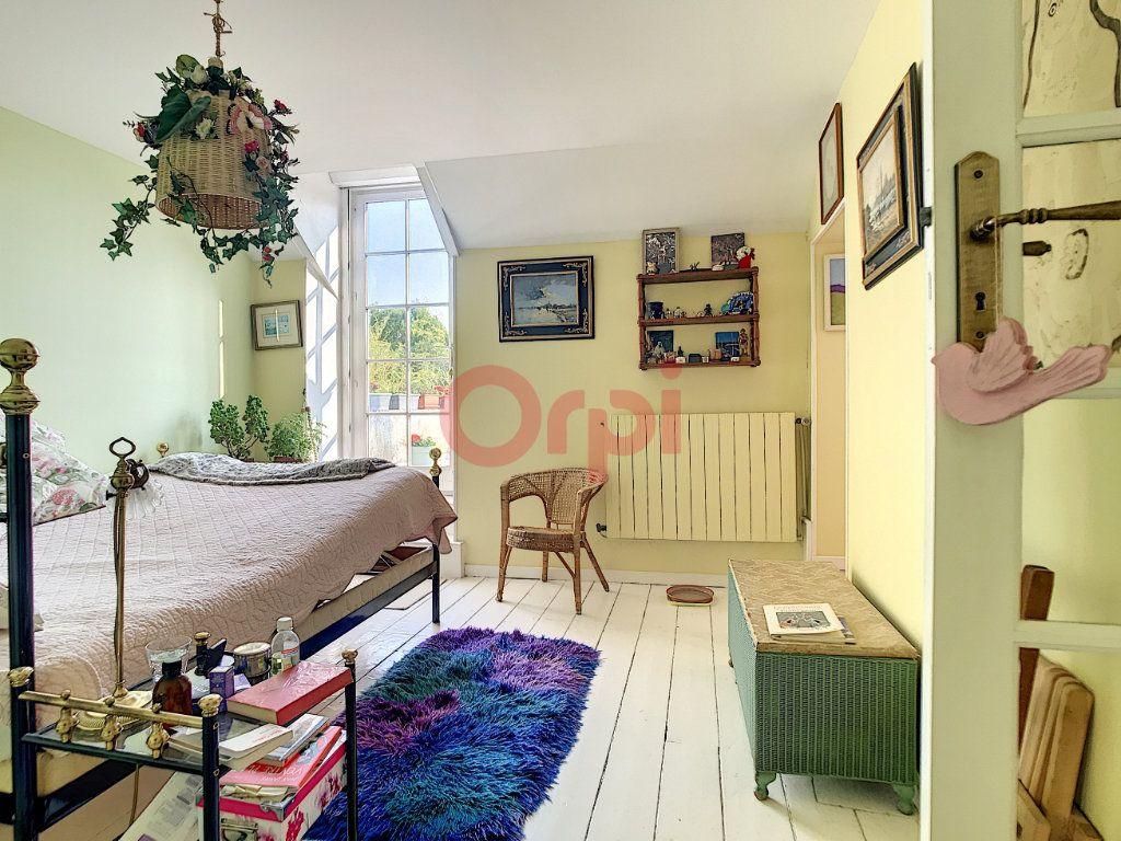 Maison à vendre 6 170m2 à Avilly-Saint-Léonard vignette-9