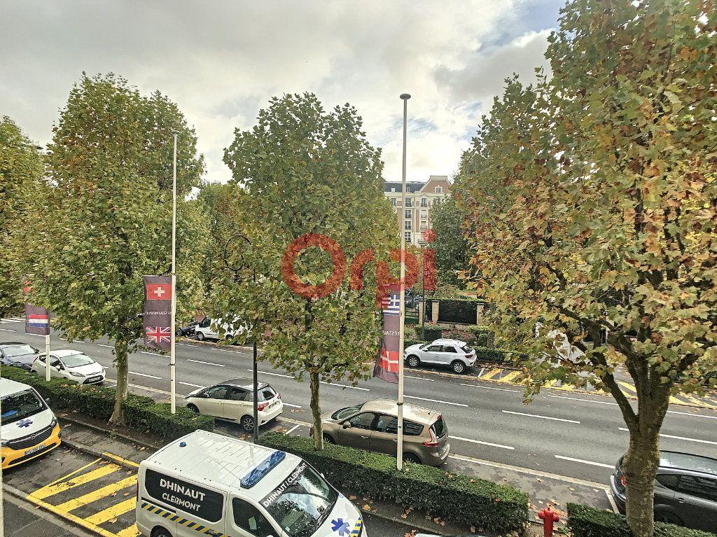 Appartement à louer 2 47.57m2 à Chantilly vignette-9