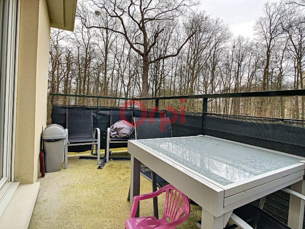 Appartement à vendre 3 61.5m2 à Chantilly vignette-2