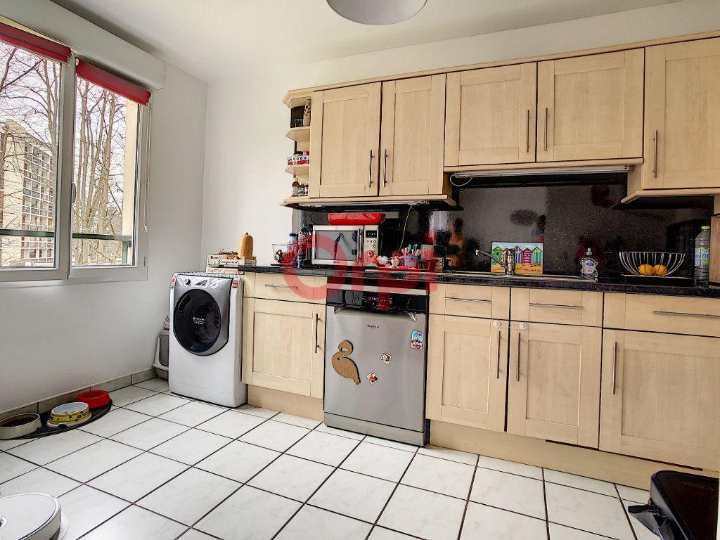 Appartement à vendre 3 61.5m2 à Chantilly vignette-4