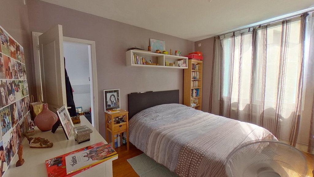 Maison à vendre 6 114.96m2 à Moisselles vignette-8
