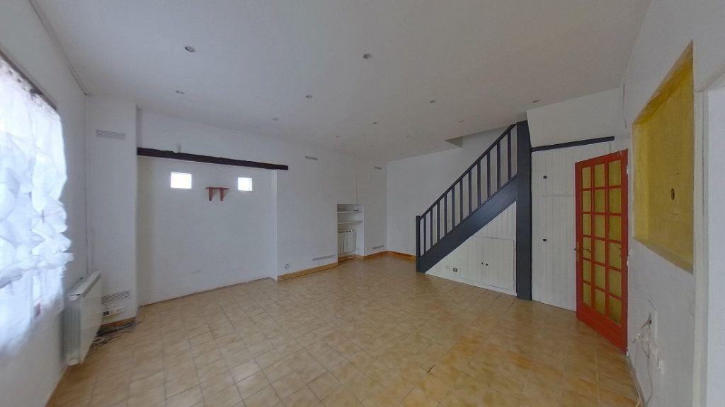 Maison à vendre 3 66m2 à Saint-Martin-du-Tertre vignette-1