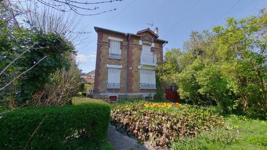 Maison à vendre 6 100m2 à Ézanville vignette-1