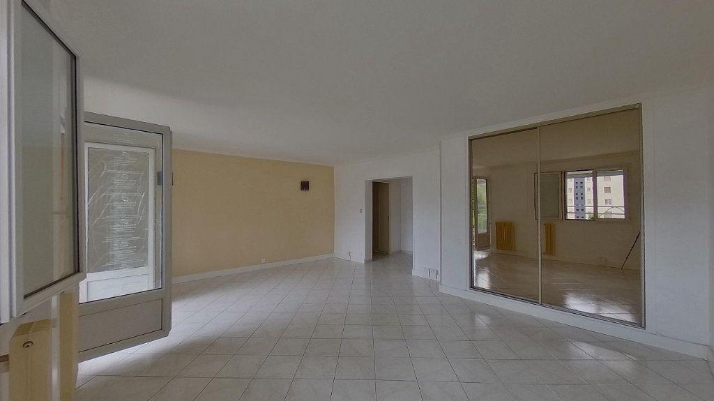 Appartement à vendre 4 70.02m2 à Domont vignette-2