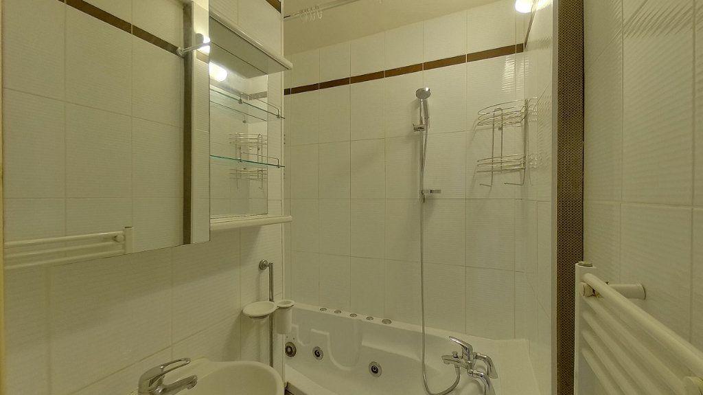 Appartement à vendre 4 70.02m2 à Domont vignette-5
