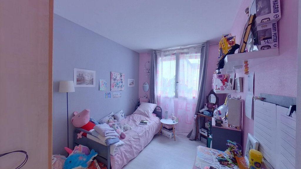 Appartement à vendre 4 66.89m2 à Ézanville vignette-5