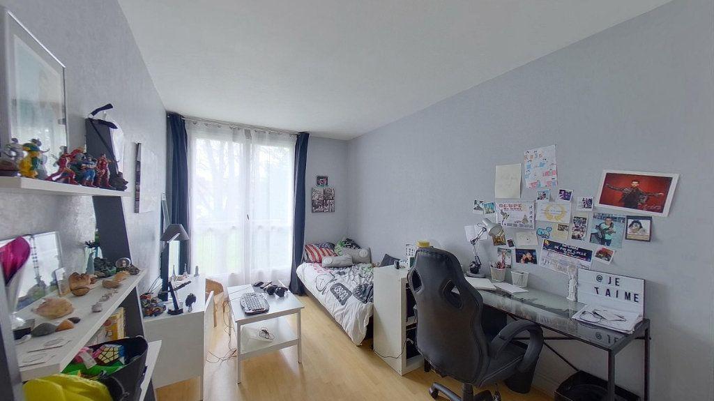 Appartement à vendre 4 66.89m2 à Ézanville vignette-6