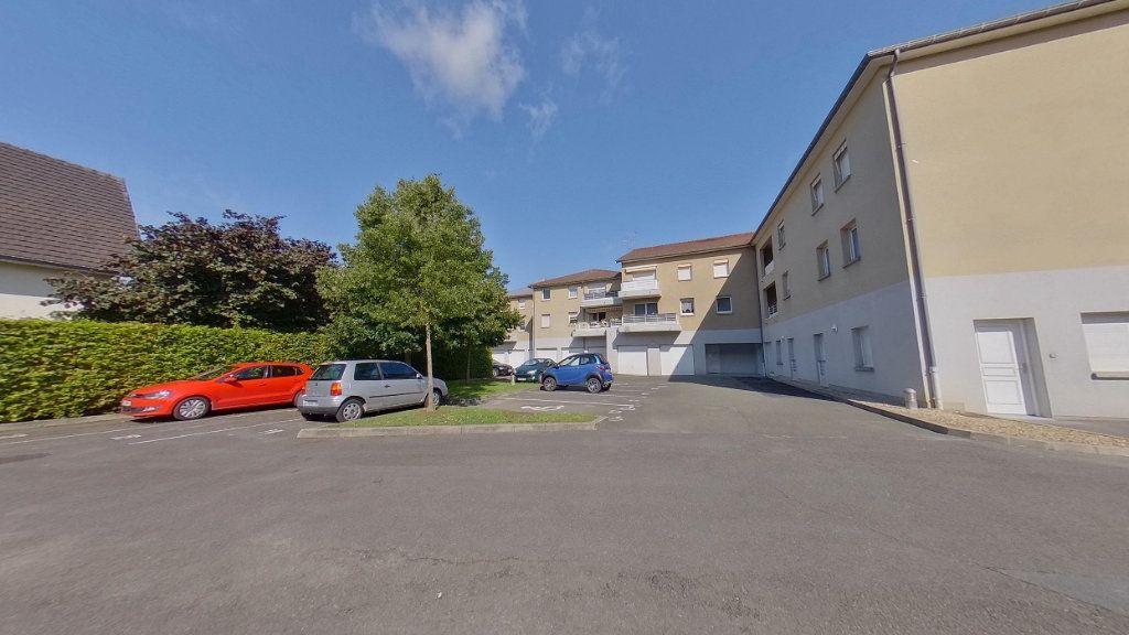 Appartement à louer 3 64.45m2 à Écouen vignette-1