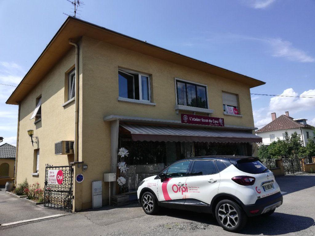 Appartement à louer 5 140m2 à Kingersheim vignette-1
