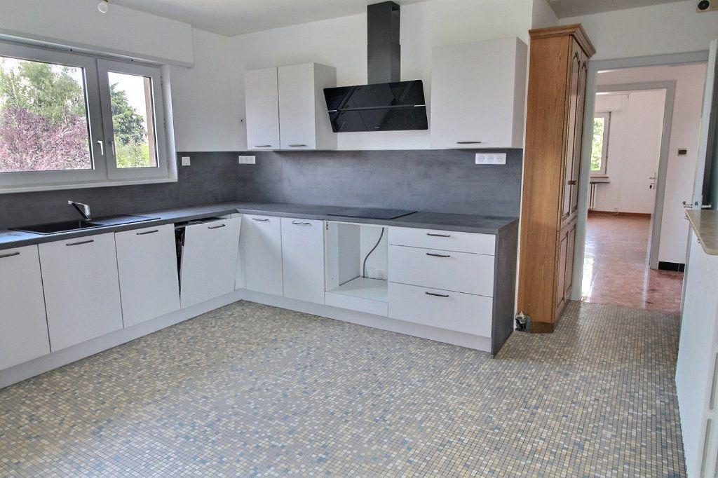 Appartement à louer 5 140m2 à Kingersheim vignette-3