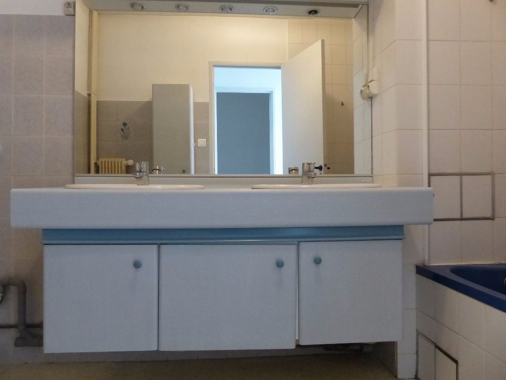 Appartement à louer 5 108m2 à Mulhouse vignette-4