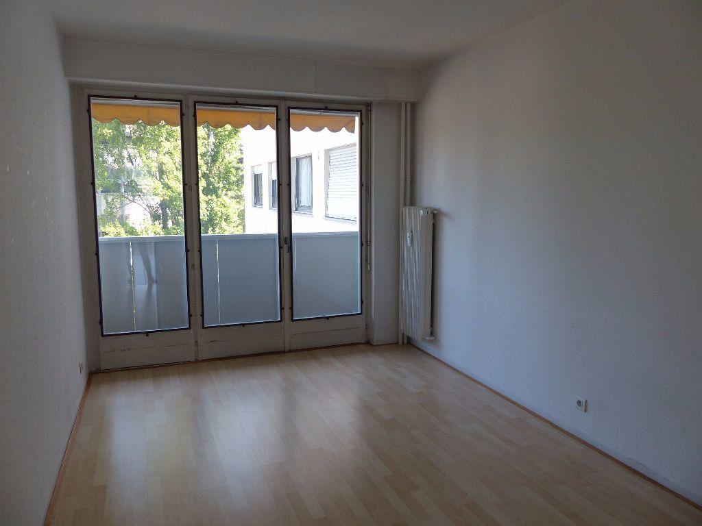 Appartement à louer 5 108m2 à Mulhouse vignette-6