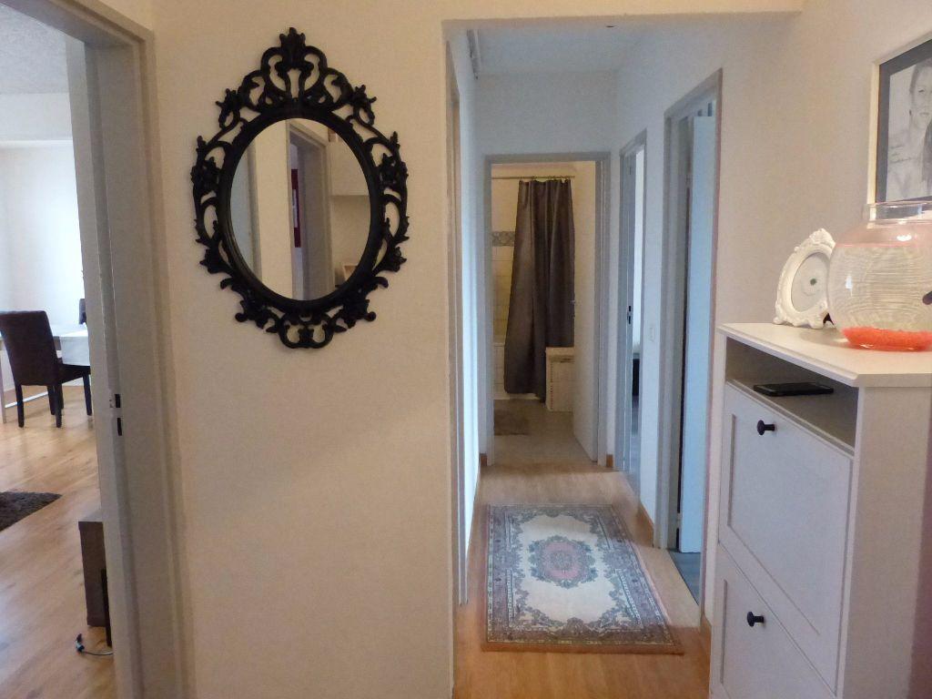 Appartement à louer 4 75.9m2 à Illzach vignette-5