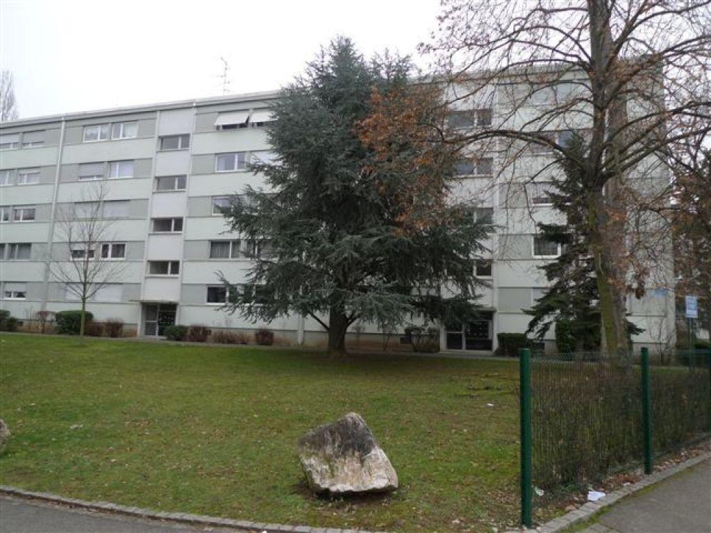 Appartement à louer 4 75.9m2 à Illzach vignette-8