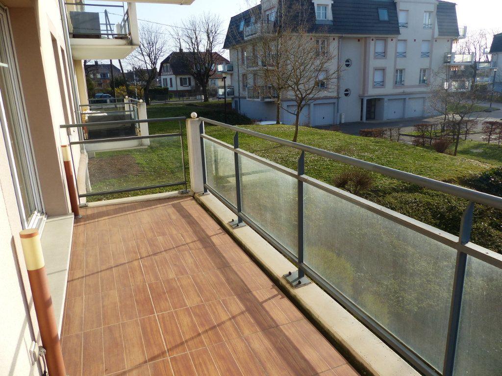 Appartement à louer 3 50.82m2 à Wittenheim vignette-4