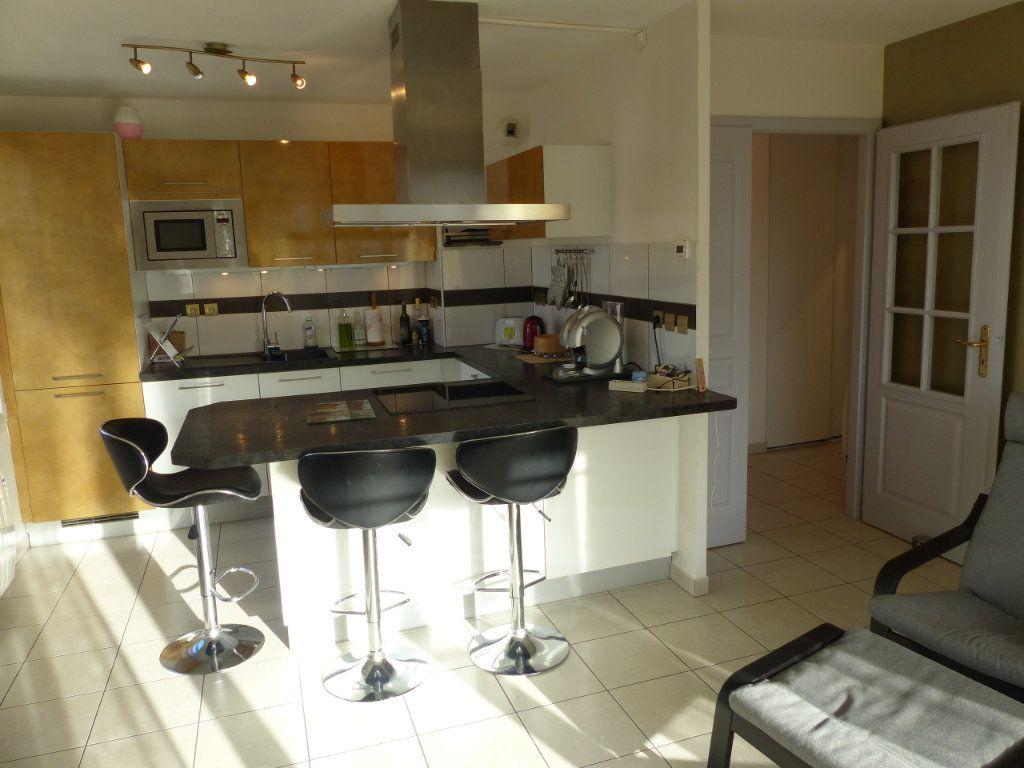 Appartement à louer 3 50.82m2 à Wittenheim vignette-6