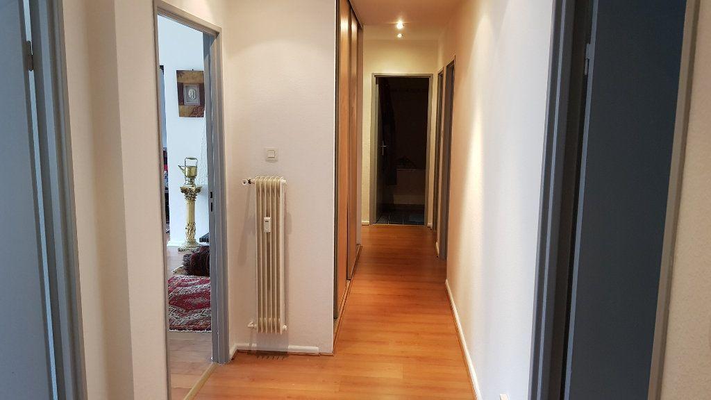 Appartement à vendre 5 105.67m2 à Mulhouse vignette-3