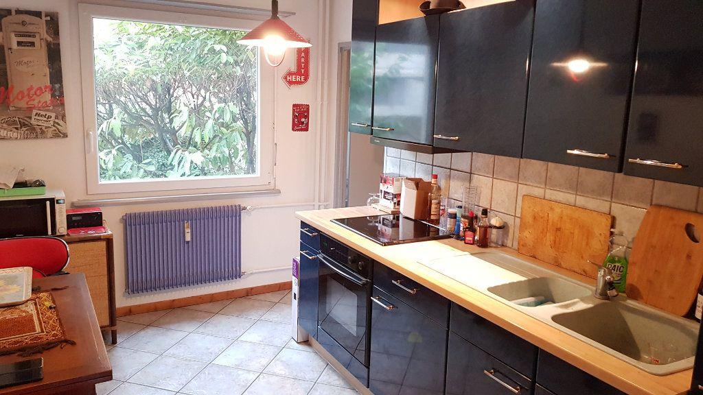 Appartement à vendre 5 105.67m2 à Mulhouse vignette-4