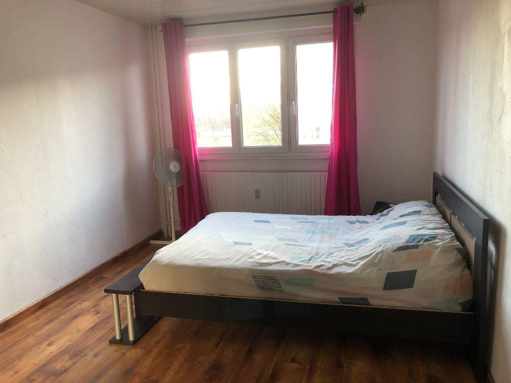 Appartement à vendre 4 72.02m2 à Mulhouse vignette-4