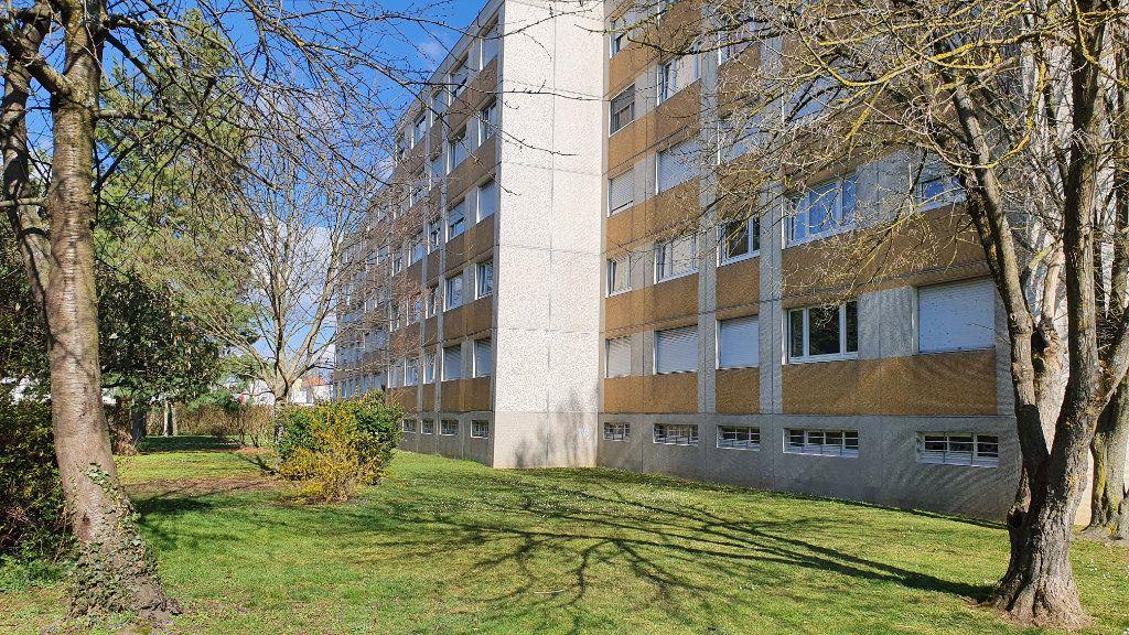 Appartement à vendre 4 72.02m2 à Mulhouse vignette-5