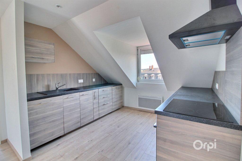 Appartement à louer 3 54.43m2 à Mulhouse vignette-2