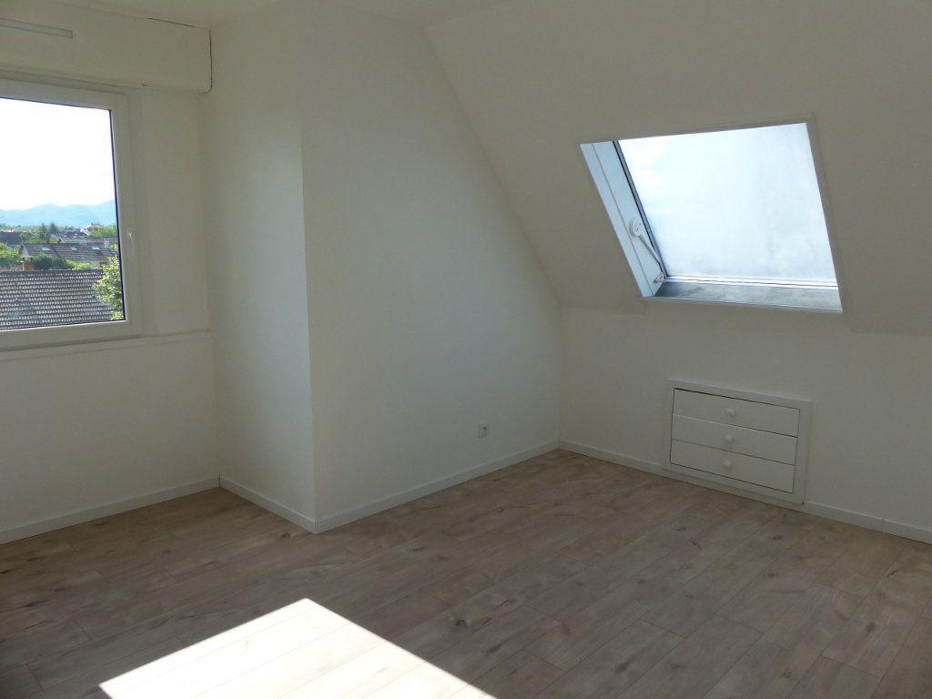Appartement à louer 4 80.13m2 à Kingersheim vignette-5