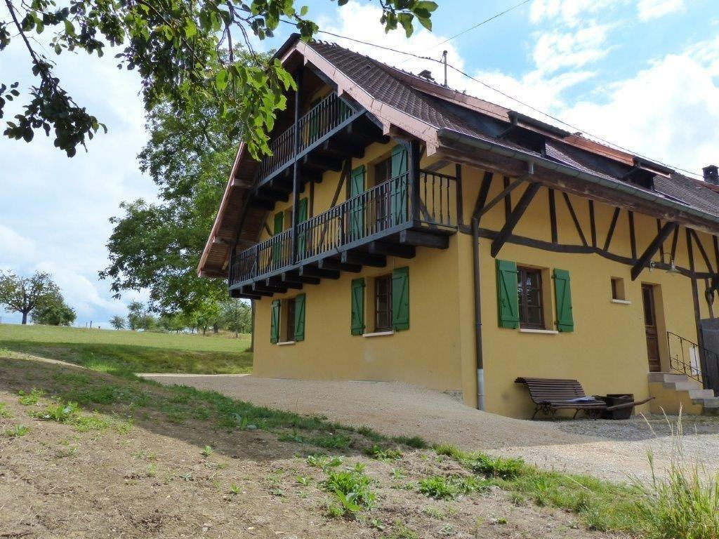 Maison à louer 6 121m2 à Fulleren vignette-1