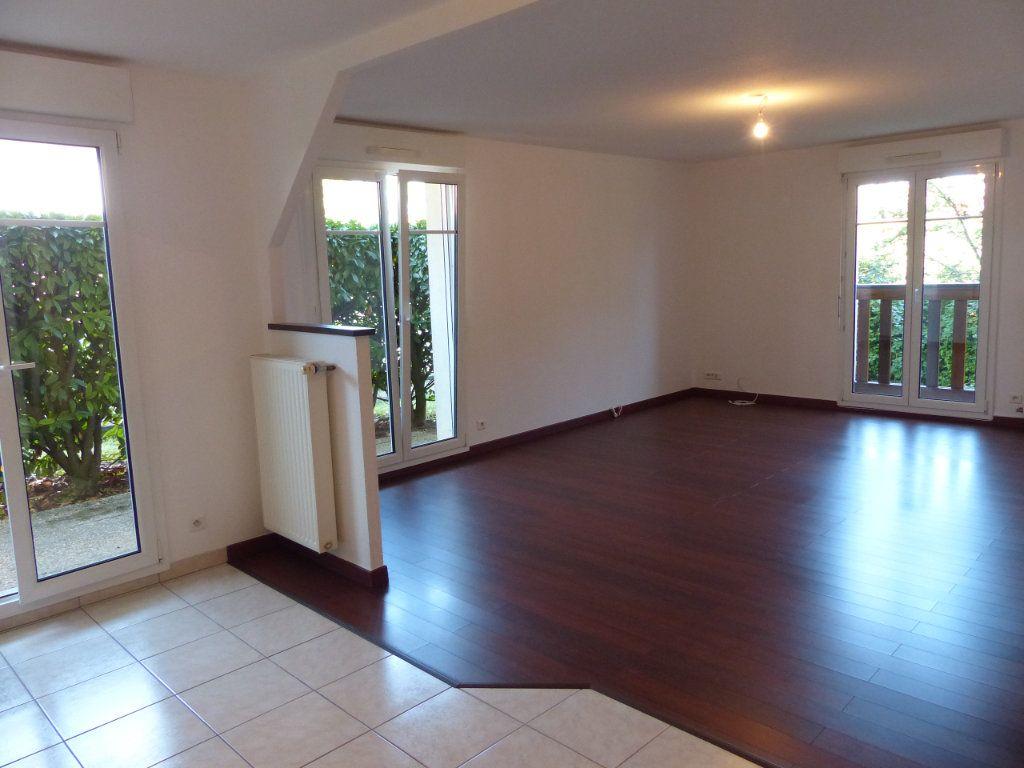 Appartement à louer 3 71.35m2 à Blodelsheim vignette-2