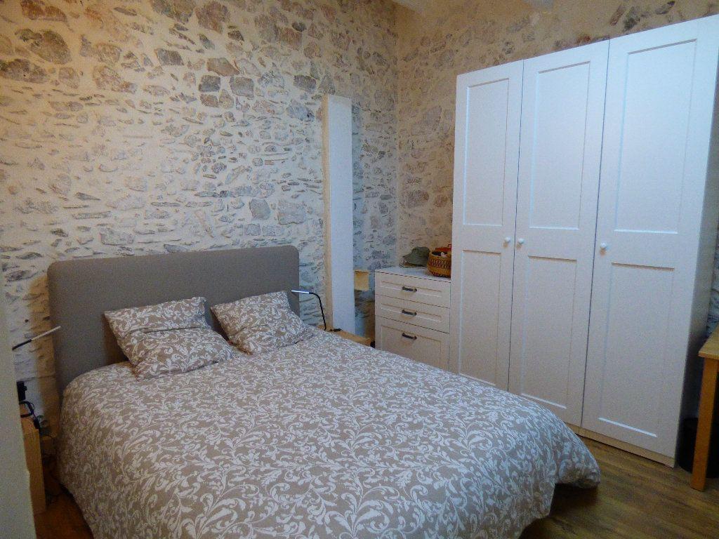 Maison à vendre 7 190m2 à Hyères vignette-6