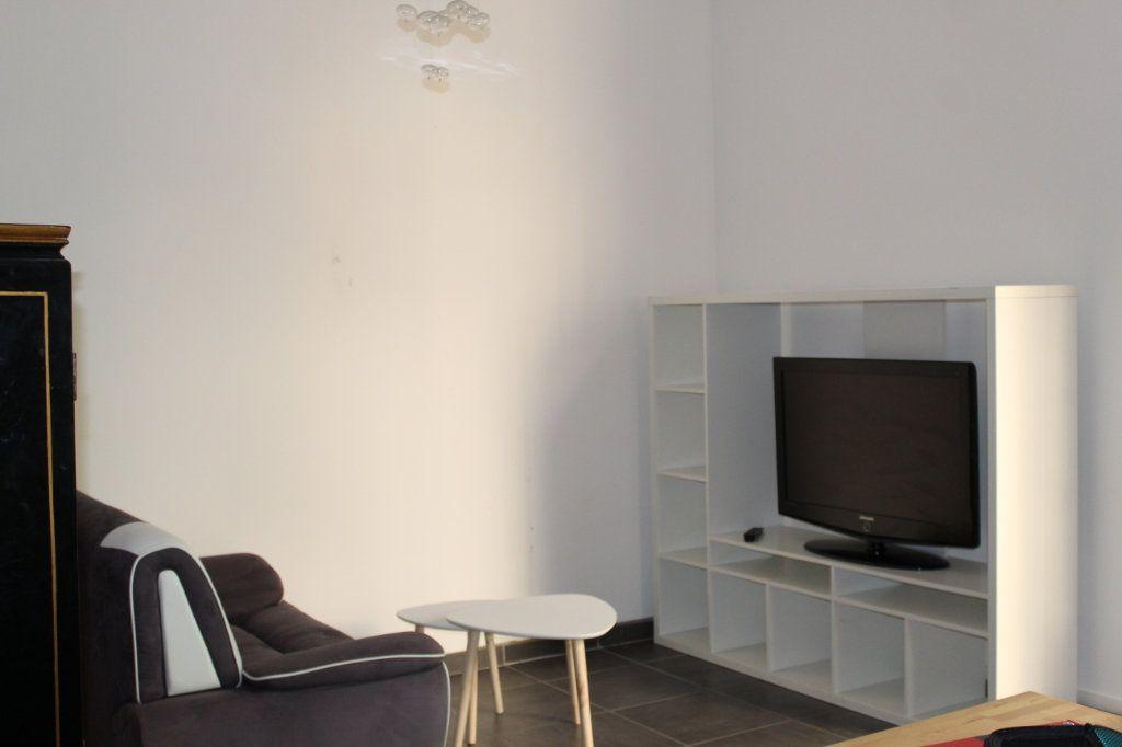 Appartement à louer 2 41.09m2 à Toulon vignette-3