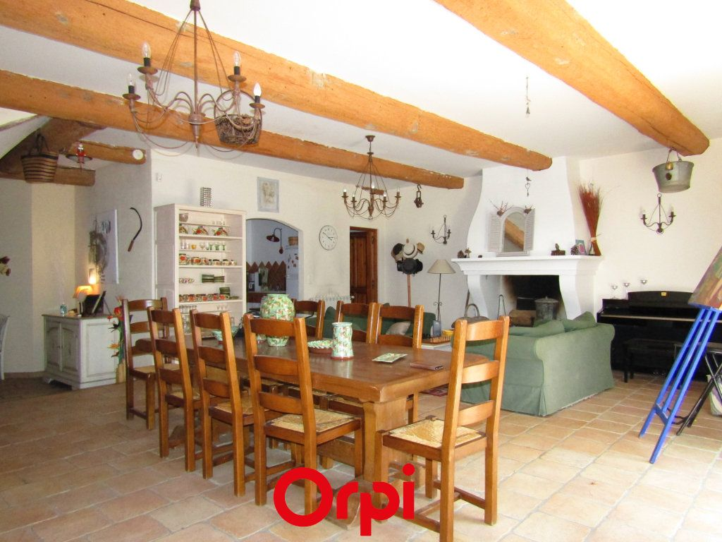 Maison à vendre 11 410m2 à Besse-sur-Issole vignette-2