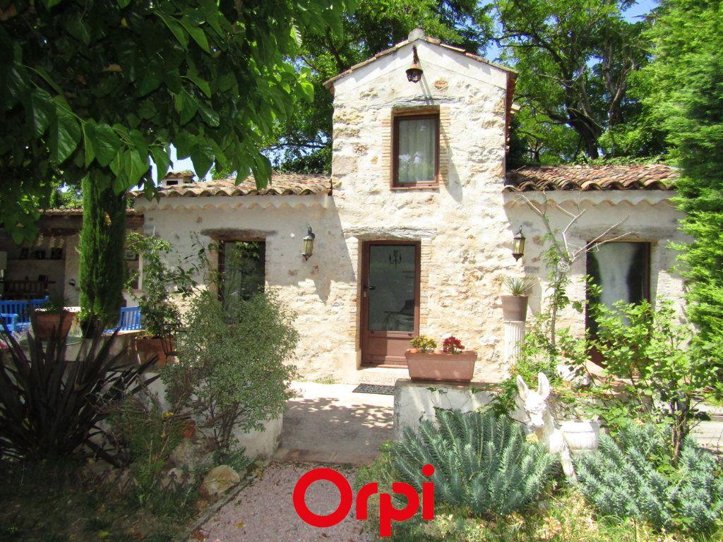 Maison à vendre 11 410m2 à Besse-sur-Issole vignette-4