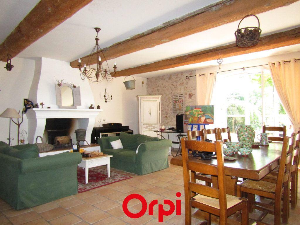 Maison à vendre 11 410m2 à Besse-sur-Issole vignette-5