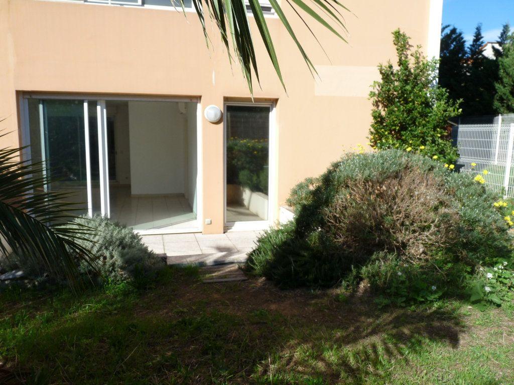 Appartement à vendre 3 73m2 à Toulon vignette-1