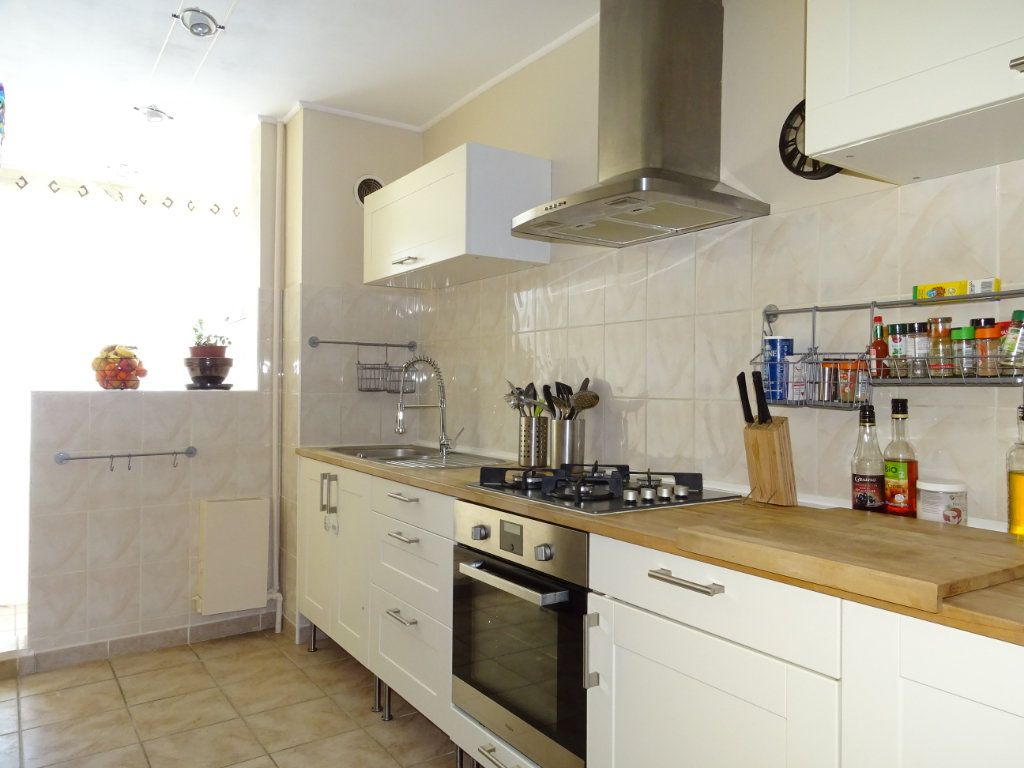 Appartement à vendre 4 74m2 à La Valette-du-Var vignette-2