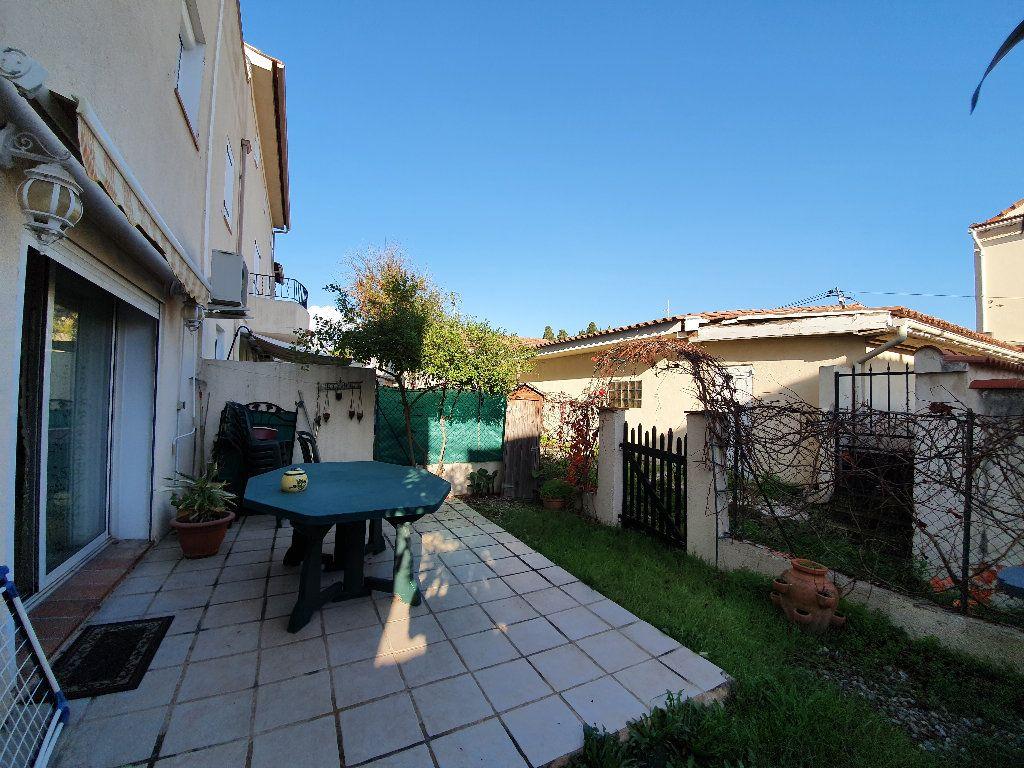 Appartement à vendre 3 59.4m2 à Toulon vignette-1