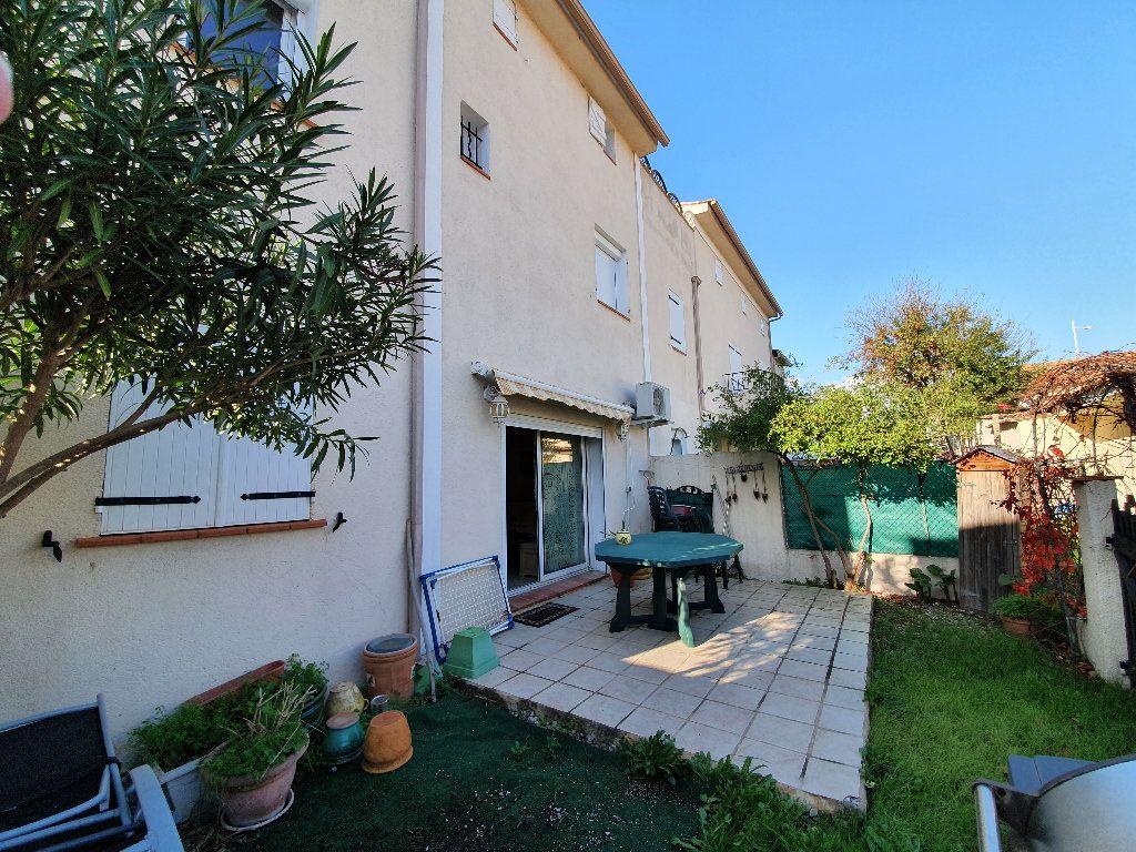Appartement à vendre 3 59.4m2 à Toulon vignette-2