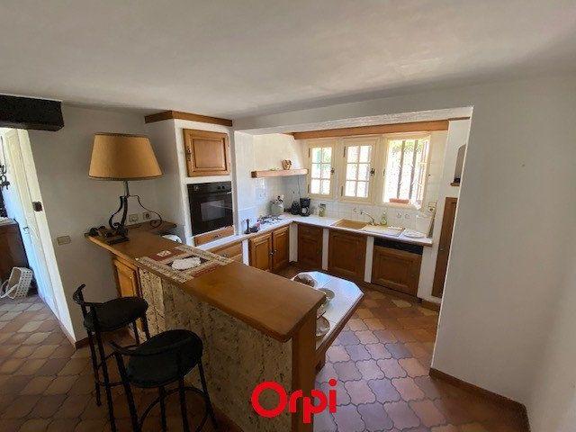 Maison à vendre 4 170m2 à Carqueiranne vignette-7