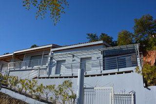 Maison à vendre 10 300m2 à La Londe-les-Maures vignette-4
