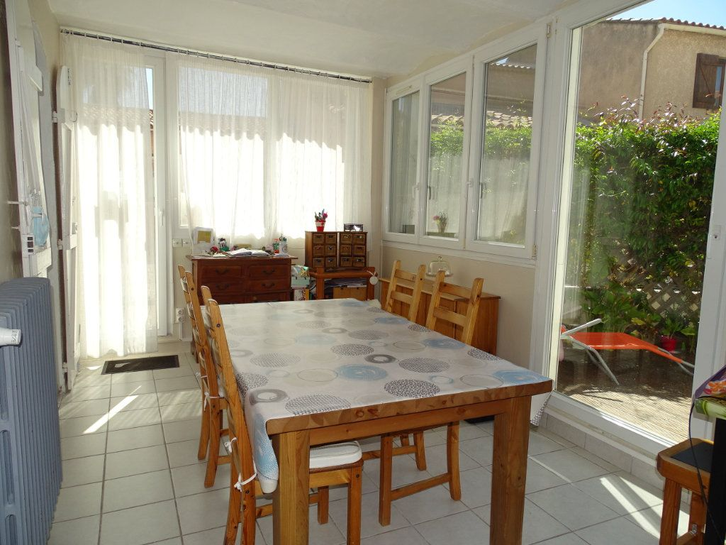 Appartement à vendre 3 79m2 à La Seyne-sur-Mer vignette-2