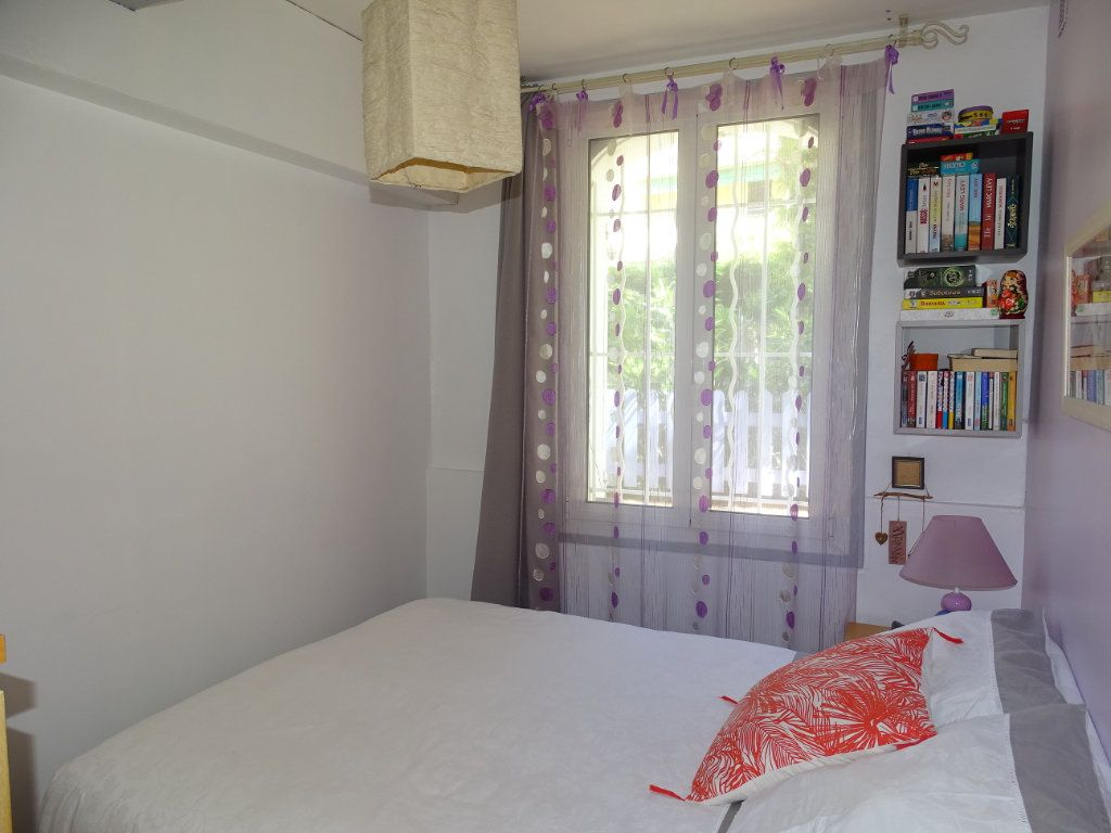 Appartement à vendre 3 79m2 à La Seyne-sur-Mer vignette-5