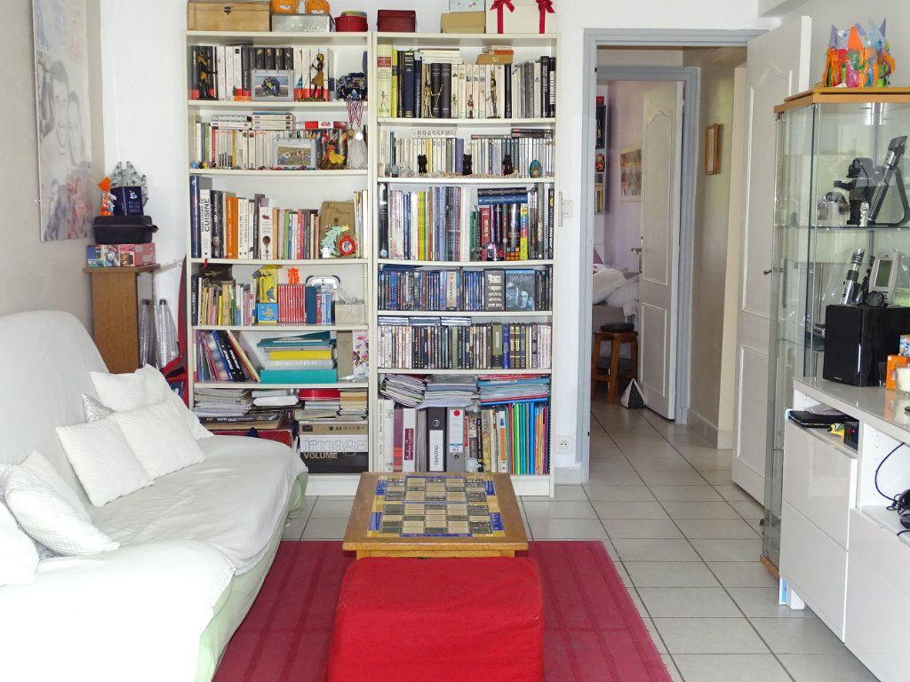 Appartement à vendre 3 79m2 à La Seyne-sur-Mer vignette-8