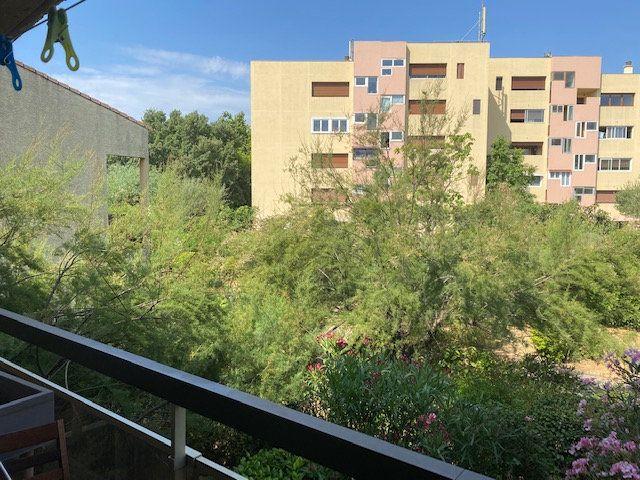 Appartement à louer 2 42.65m2 à Hyères vignette-2