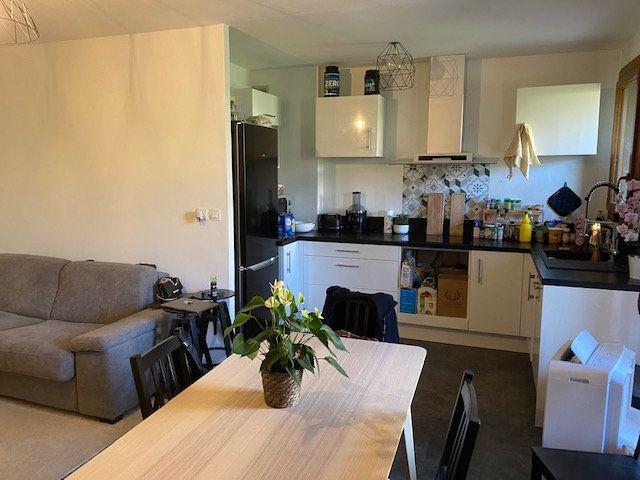 Appartement à louer 2 42.65m2 à Hyères vignette-3